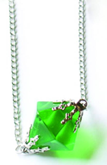 smallville kryptonite necklace planetkrypton net